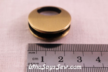 Small Round Twist Lock in Brushed Bronze. 2.6cm