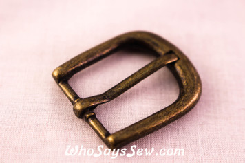 2 Medium 2cm Alloy Buckles in Antique Bronze. Round Edge.