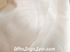 """Pellon Shapeflex SF101 Iron-On All-Purpose Woven Cotton Interfacing in White/Black. 50cm/20"""" Wide"""