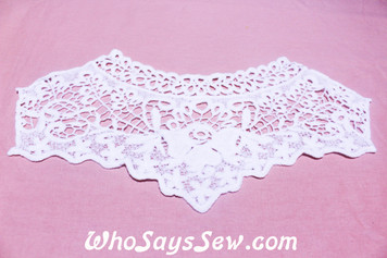 Medium Cotton Lace Collar/Yoke in Snow& Natural White (0532)