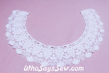 Large Cotton Lace Collar/Yoke in Snow& Natural White (086)