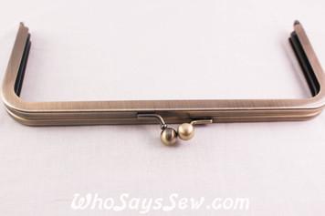 Rectangular Metal Kisslock Purse Frame in Brushed Antique Brass 19.8cmx 9cm - Glue In