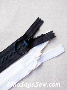 "YKK Vislon 20cm/8"" Chunky Moulded Plastic Zipper with Ring Pull. Size 3. Black/White"