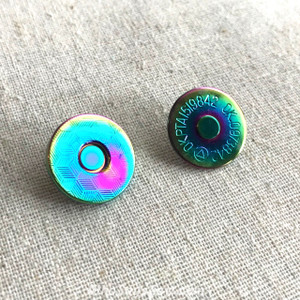 2x Rainbow Iridescent 18mm Slim Line Embossed Magnetic Snap Buttons