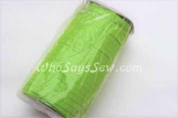 1 Metre of Braided Elastic in 0.6cm/6mm in CHARTREUSE GREEN.