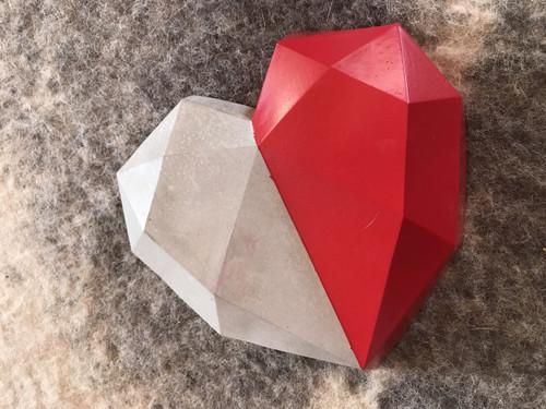 Geo Heart in red.