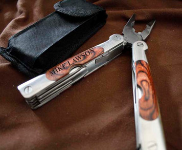 Personalized Deluxe Multitool