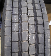 245/70r19.5 tires Goodyear G647 14PR tire 245/70/19.5 All position 24570195