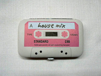 Pop Nail Kit - Retro Pink Cassette