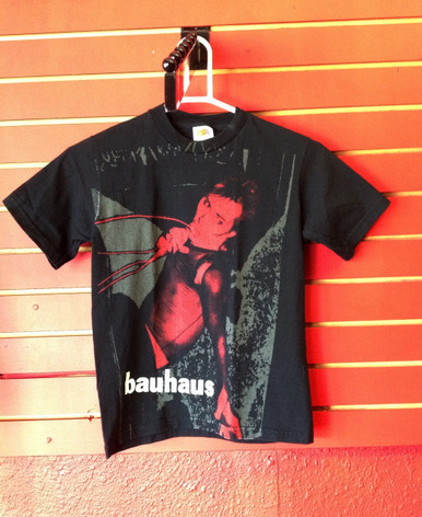 Bauhaus Red Peter T-Shirt - Size Youth Medium
