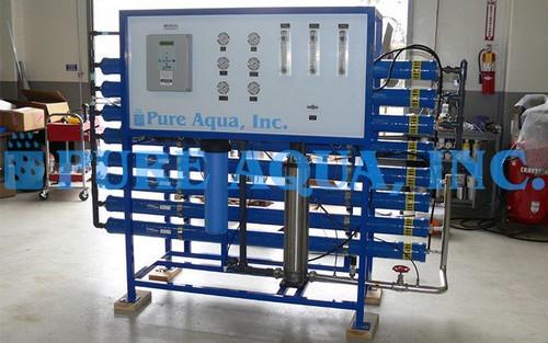 Sistema de Osmose Reversa de Água Salobra 21,000 GPD - Kuwait