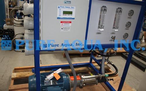 Sistema de Osmose Reversa de Água do Mar 7,600 GPD - EAU