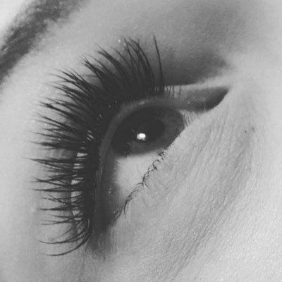lash-artist-of-the-week-eyelash-extension-pics-5-500.jpg