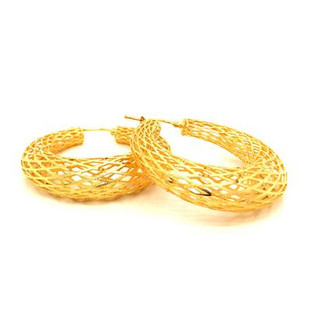 """Our classy graduated hoop earrings are the perfect hoop earring for day or night. 14 karat yellow gold, with a beautiful open weave pattern. Light and airy, but classic. Measures 1 1/2 """" (Diameter). Please allow 1 week for delivery."""