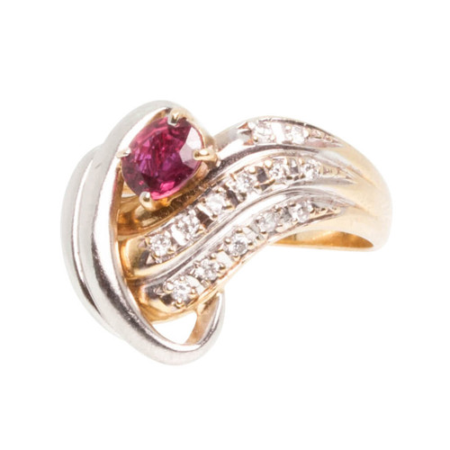 Pre Owned 18ct Gold Ruby & Diamond Twist Cocktail Ring