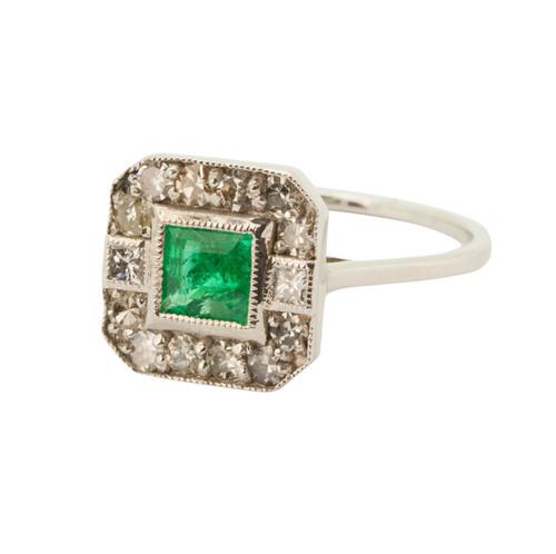 Vintage Style 18ct Gold Emerald & Diamond Ring