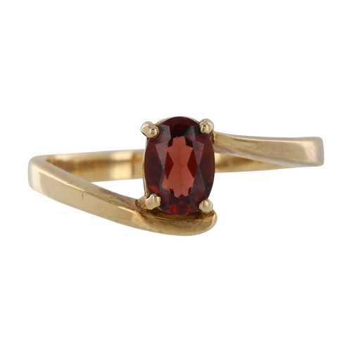 Pre Owned 9ct Gold Garnet Ring