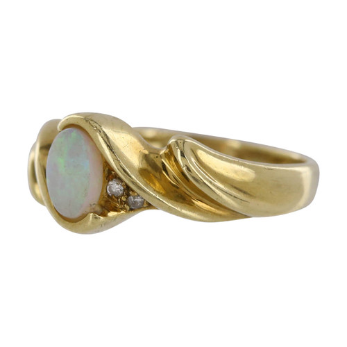 Second Hand 9ct Gold Opal & Diamond Ring