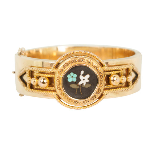 Antique Victorian Gold Decorative Bangle