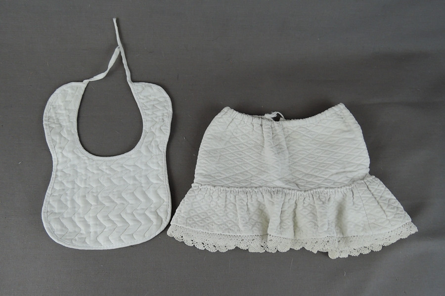 f91322a1e04d Vintage Doll Clothing