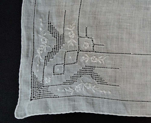 Vintage White Wedding Hankie with Dainty Embroidery & Drawn Thread-work