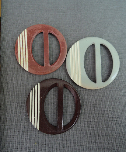 Lot of 3 Vintage Plastic Dress Buckles, 1940s Brown Blue