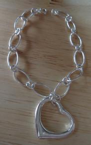 """7.25"""" Oval Link w/ Heart 10g Sterling Silver Charm Bracelet"""