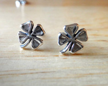 8x9mm TINY 4 leaf Clover Sterling Silver Stud Earrings