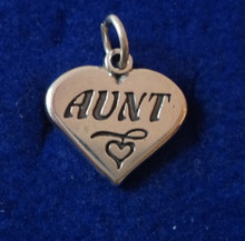 19x18mm Solid 3.2g Heavy says Aunt on Heart Sterling Silver Charm!