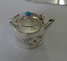 Sterling Silver Turquoise Miniature movable handle & lid 22x23x16mm Tea Kettle