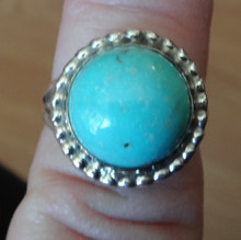 size 8 Sterling Silver 5g 16mm Round Blue Turquoise on 2mm wide band Ring