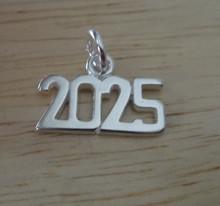Sterling Silver 15x10mm College High School Graduation Year 2025 Horizontal Charm