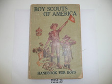 """1918 Boy Scout Handbook, Second Edition, Nineteenth Printing, """"Eighteenth Edition Reprint"""" on title page and no price on cover"""