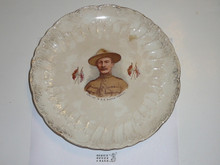 Baden Powell Scalloped Plate With Accents