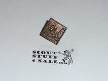 "Wolf ""Cub Scouts BSA"" Rank Pin, bronze"