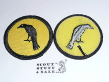 Raven Patrol Medallion, Yellow Twill with plastic back, 1972-1989