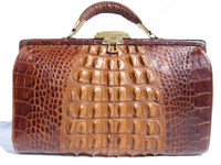 LOVELY Early 1900's Edwardian Hornback Alligator Handbag