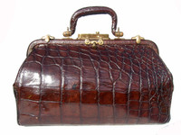 LARGE Early 1900's Alligator Belly Skin Doctor Bag Luggage - GUNSMOKE!