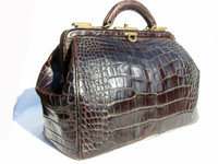 LARGE Espresso Brown Early 1900's Alligator Belly Skin Doctor Bag Luggage