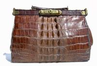 1930's-40's Petite HORNBACK Alligator Skin GLADSTONE Doctor Bag