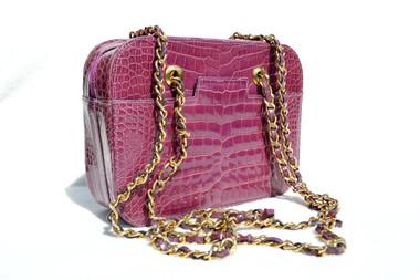 76bc1ba52c5d PURPLE 1990's ALLIGATOR Belly Skin Chanel Style Shoulder Bag - ITALY -  De nieuwe Chanel tassen herfst/winter 2017-2018 - The Bag Hoarder