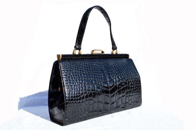 56cec452bf8ba XL Classic 1950s-60's Jet Black SAKS FIFTH AVENUE Alligator Belly ...