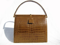 Dark Tan 1950's-1960's LUCILLE de PARIS Alligator Handbag