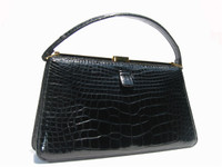 Classic BLACK 1960's LUCILLE de PARIS Alligator Handbag G1-175