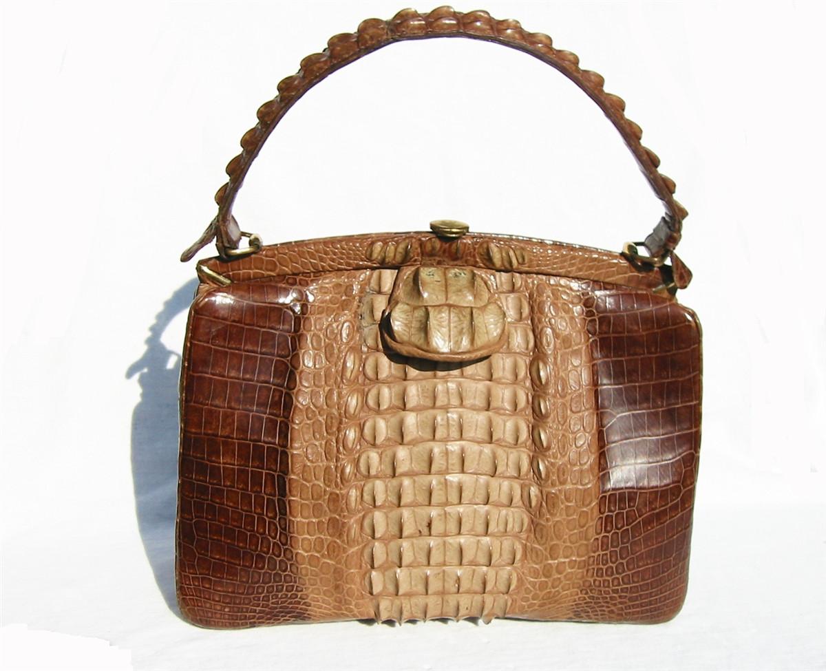 d2dd3acf5a92 DRAMATIC 1950 s-60 s Hornback CROCODILE Skin Handbag - Vintage Skins