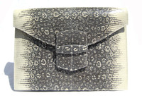 New! 2000's Cream & Gray Classic Style RING Lizard CLUTCH Bag