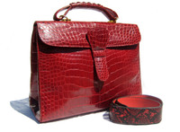XL 1990's-2000's Candy Apple RED ALLIGATOR Belly Skin Shoulder Bag SATCHEL -Maxima - ITALY