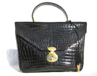 Unique  JET BLACK 1990's CROCODILE Handbag Shoulder Bag - Lock & Key!