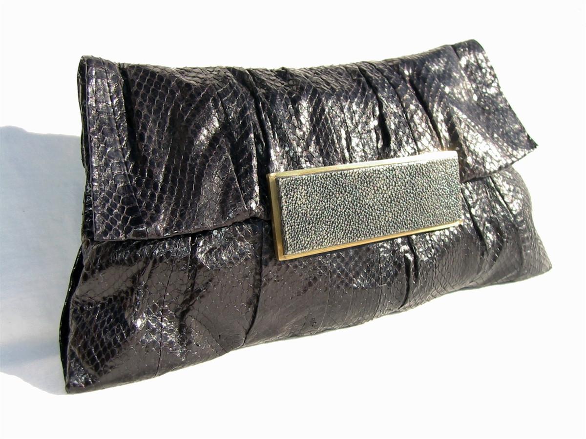 eaaac9c582 Stunning 1990 s R   Y AUGOUSTI BLACK PYTHON Skin CLUTCH Bag ...