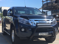 Black extendable towing mirrors installed onto Isuzu DMAX